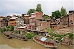 A small community in Srinagar, Kashmir (India) on a hot muggy summer day. Stock Photo - Royalty-Free, Artist: sumners, Code: 400-03990458