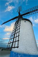 Windmill in Consuegra late afternoon, Toledo (Spain) Stock Photo - Royalty-Freenull, Code: 400-04007729