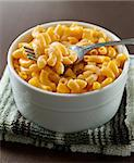 close up photo of macaroni and cheese with selective focus on a fork Stock Photo - Royalty-Free, Artist: hojo                          , Code: 400-04414250