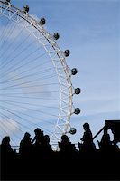 bus full of tourists watching the london eye Stock Photo - Royalty-Freenull, Code: 400-04439008