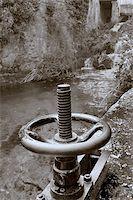 Mechanism opening of the mill, Orbaneja del castillo (Burgos) Stock Photo - Royalty-Freenull, Code: 400-04559307