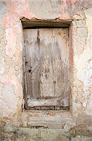 Doors - Old wooden door, Procida, Italy Stock Photo - Premium Rights-Managednull, Code: 845-04826941