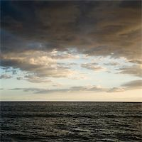 Pacific ocean and cloudy sky in Maui, Hawaii. Stock Photo - Royalty-Freenull, Code: 400-04965971