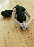 feet gymnast - gymnastics, acrobatics Stock Photo - Royalty-Freenull, Code: 400-04975903