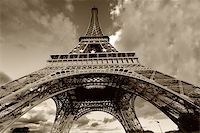 Eiffel Tower in black and white, Paris (France) Stock Photo - Royalty-Freenull, Code: 400-04987736