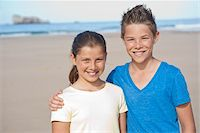 Girl and Boy on Beach, Camaret-sur-Mer, Finistere, Bretagne, France Stock Photo - Premium Royalty-Freenull, Code: 600-05389163