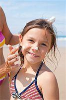 Girl on Beach, Camaret-sur-Mer, Finistere, Bretagne, France Stock Photo - Premium Royalty-Freenull, Code: 600-05389209