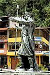Peru, province of Urubamba, Aguas Calientes, statue of an inca Stock Photo - Premium Royalty-Freenull, Code: 610-05392827
