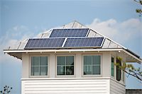 solar panel usa - Solar electric power panels on roof of Green Technology Home Stock Photo - Premium Royalty-Freenull, Code: 6105-05397238