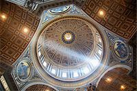 light rays coming through basilica Stock Photo - Premium Royalty-Freenull, Code: 6106-05432617