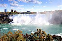American Falls at Niagara Falls Stock Photo - Premium Royalty-Freenull, Code: 6106-05440825