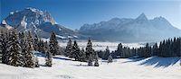 panoramic winter scene - winter in tirol - lermoos Stock Photo - Premium Royalty-Freenull, Code: 6106-05441741