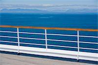 Ship's railing Stock Photo - Premium Royalty-Freenull, Code: 6106-05462548