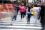 People crossing street in New York City, NY, USA Stock Photo - Premium Royalty-Free, Artist: ableimages, Code: 6106-05466611