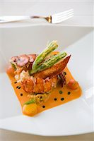 detail of a lobster entree Stock Photo - Premium Royalty-Freenull, Code: 6106-05498387