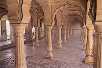 India, Rajasthan, Jaipur, Amer Fort, Sattais Kacheri, colonnade of 27 pillars Stock Photo - Premium Royalty-Freenull, Code: 6106-05508186