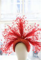 feather  close-up - Fancy woman's hat in window display Stock Photo - Premium Royalty-Freenull, Code: 6106-05513276