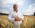 Scientist examining oat stalks in field Stock Photo - Premium Royalty-Free, Artist: foodanddrinkphotos, Code: 649-05522248