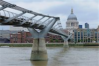 Millennium Bridge and St. Paul's Cathedral, London, England Stock Photo - Premium Rights-Managednull, Code: 700-05524564
