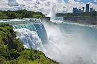 USA, New York, American Falls with Ontario, Canada visible in distance Stock Photo - Premium Royalty-Freenull, Code: 6106-05539812