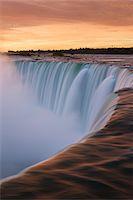 Canada, Ontario, Horseshoe Falls at sunrise Stock Photo - Premium Royalty-Freenull, Code: 6106-05539818