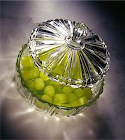 refraction - Crystal candy dish Stock Photo - Premium Royalty-Freenull, Code: 6106-05542537