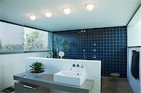 Tiled open shower in modern bathroom Stock Photo - Premium Royalty-Freenull, Code: 635-05550312