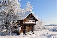 Log Cabin in Winter, Kuusamo, Northern Ostrobothnia, Finland Stock Photo - Premium Rights-Managednull, Code: 700-05609978