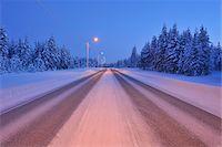 Road in Winter, Kuusamo, Northern Ostrobothnia, Finland Stock Photo - Premium Royalty-Freenull, Code: 600-05610002