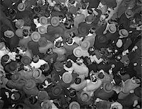 1950s AERIAL VIEW OF CROWD OF MEN AND WOMEN IN TIMES SQUARE NYC CELEBRATING NEW YEARS MANY HATS OUTDOOR Stock Photo - Premium Rights-Managednull, Code: 846-05646199