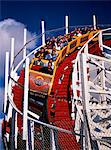 1970s - 1980s ROLLER COASTER COMING AROUND DOWNHILL CURVE RIDERS SCREAMING Stock Photo - Premium Rights-Managed, Artist: ClassicStock, Code: 846-05646239