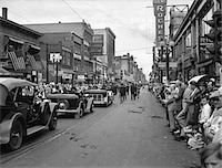 1930s - 1934 GRAND ARMY OF THE REPUBLIC CIVIL WAR VETERANS JOIN PARADE DOWN MAIN STREET DURING ROCHESTER NEW YORK CENTENNIAL Stock Photo - Premium Rights-Managednull, Code: 846-05647977