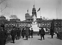 1920s PEDESTRIANS AT THE MOCK-UP OF PROPOSED CIVIC VIRTUE STATUE CITY HALL PARK NEW YORK CITY IN 1941 STATUE WAS MOVED TO QUEENS Stock Photo - Premium Rights-Managednull, Code: 846-05648000