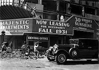 1930s CONSTRUCTION SITE & RENTAL OFFICE OF MAJESTIC APARTMENT BUILDING CENTRAL PARK WEST & 72ND STREET MANHATTAN NEW YORK CITY Stock Photo - Premium Rights-Managednull, Code: 846-05648041