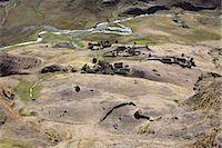 Subsistence crop farmlands near Ollantaytambo, Urubamba Province, Lares, Peru, South America Stock Photo - Premium Royalty-Freenull, Code: 682-05650262