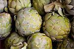 Overhead view of artichoke Stock Photo - Premium Royalty-Free, Artist: Michael Mahovlich, Code: 614-05662362
