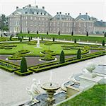palace and gardens, Paleis Het Loo Castle near Apeldoorn, Netherlands Stock Photo - Royalty-Free, Artist: phbcz                         , Code: 400-05739382