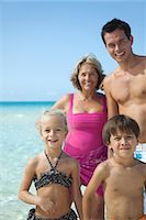 Multi-generation family at the beach, portrait Stock Photo - Premium Royalty-Freenull, Code: 632-05759934