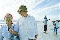 Family on beach Stock Photo - Premium Royalty-Freenull, Code: 695-05766075