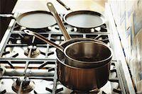 stove - Double boiler Stock Photo - Premium Royalty-Freenull, Code: 695-05769333