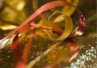 present wrapped close up - Christmas gift, extreme close-up Stock Photo - Premium Royalty-Freenull, Code: 695-05778985