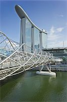 Helix Bridge and Marina Bay Sands, Singapore Stock Photo - Premium Rights-Managednull, Code: 700-05781029