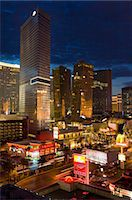 Night panorama of modern architecture with new hotels, including the Aria Resort Hotel, Veer Towers condo Hotel, the new Mandarin Oriental Hotel in the CityCenter complex, Las Vegas Boulevard South, The Strip, Las Vegas, Nevada, United States of America, North America Stock Photo - Premium Rights-Managednull, Code: 841-05782316