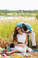 Couple having Picnic, Unionville, Ontario, Canada Stock Photo - Premium Royalty-Freenull, Code: 600-05786059