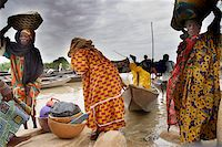 Sunday market in Ayorou on the bank of the River Niger, Niger, West Africa, Africa Stock Photo - Premium Rights-Managednull, Code: 841-05796680