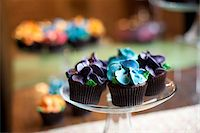 Cupcakes Stock Photo - Premium Rights-Managednull, Code: 700-05803287