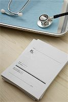 Stethoscope, Prescription Pad and Medical Tray, Birmingham, Alabama, USA Stock Photo - Premium Royalty-Freenull, Code: 600-05803306