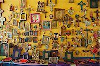 religious cross nobody - Crosses and Religious Items in Shop, Casa del Naranjos, Patzcuaro, Mexico Stock Photo - Premium Rights-Managednull, Code: 700-05803543