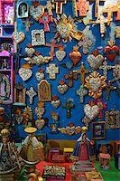religious cross nobody - Crosses and Religious Items in Shop, Casa del Naranjos, Patzcuaro, Mexico Stock Photo - Premium Rights-Managednull, Code: 700-05803544
