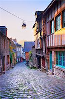 Dinan at Sunrise, Cotes-d'Armor, Bretagne, France Stock Photo - Premium Rights-Managednull, Code: 700-05803752